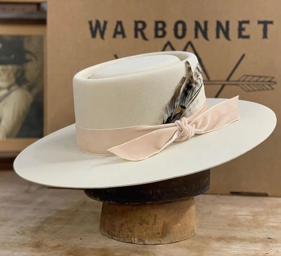 hat velvet ribbon